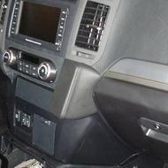 Kuda Lederkonsole für Mitsubishi Pajero (V80) ab 11/ 2006 Kunstleder schwarz