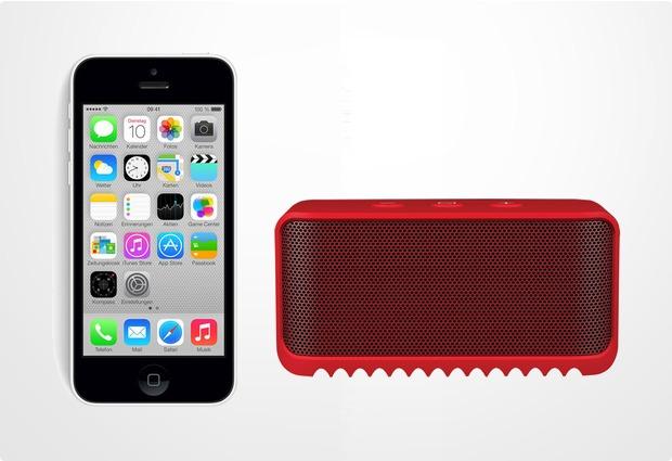 Apple iPhone 5C, 16GB, weiß (Telekom) + Jabra Bluetooth Lautsprecher Solemate mini, rot