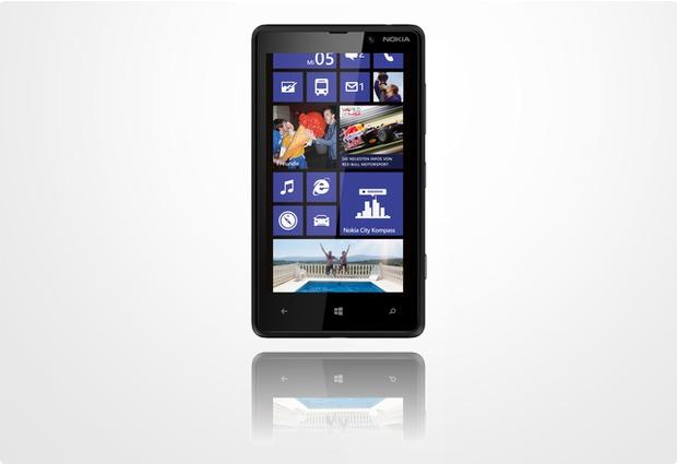 Nokia Lumia 820, schwarz