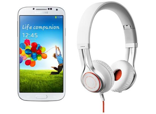 Samsung Galaxy S4 LTE+ 16GB, weiß (Telekom) + Jabra Stereo Headset REVO