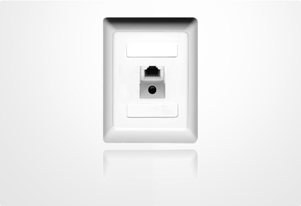 ZE Kom ISDN-Anschlussdose (einfach) mit schaltbarem Widerstand, Aufputz